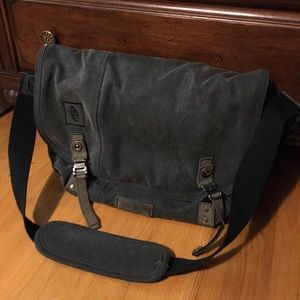 TimBuk2 messenger bag. Canvas, faded grey.